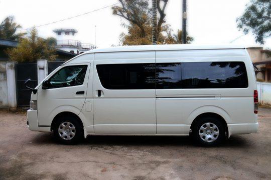 Toyota KDH Sapugaskanda