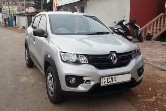 Renault Kwid car for Rent in Makola