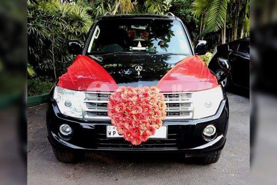 Mistubishi Montero Wedding Cars in Kelaniya